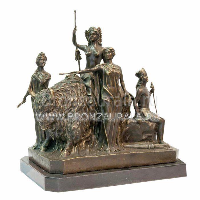 Бронзовая скульптура Амазонки